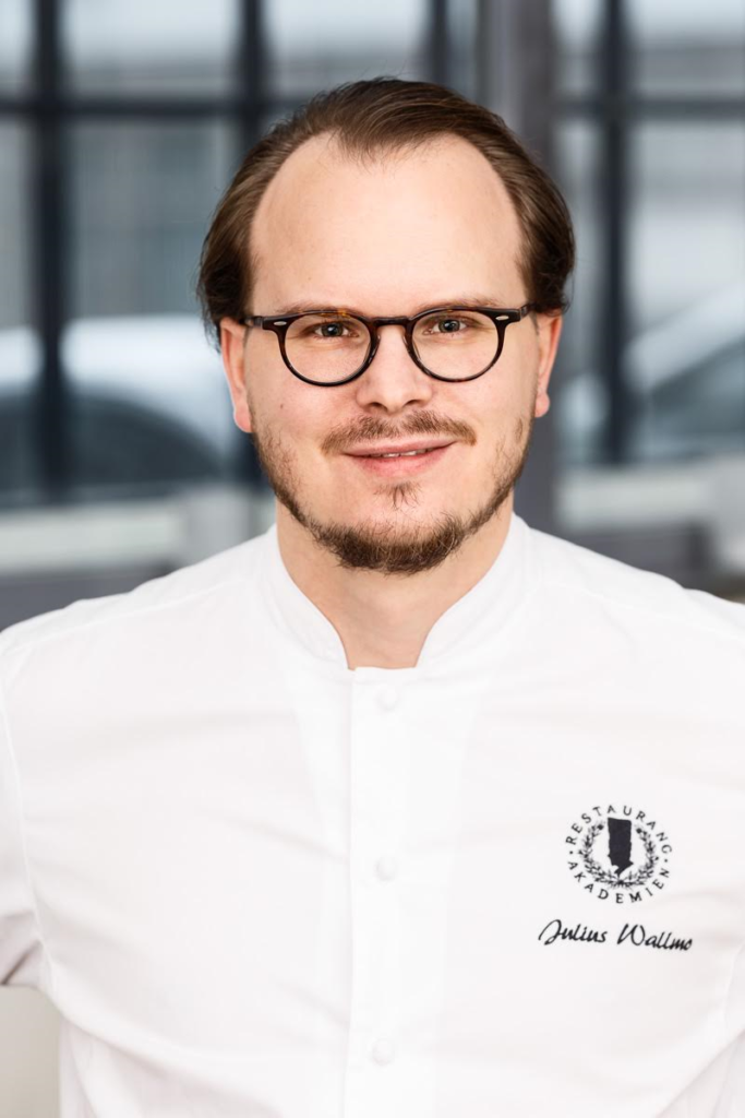 Julius Wallmo, Restaurangakademien